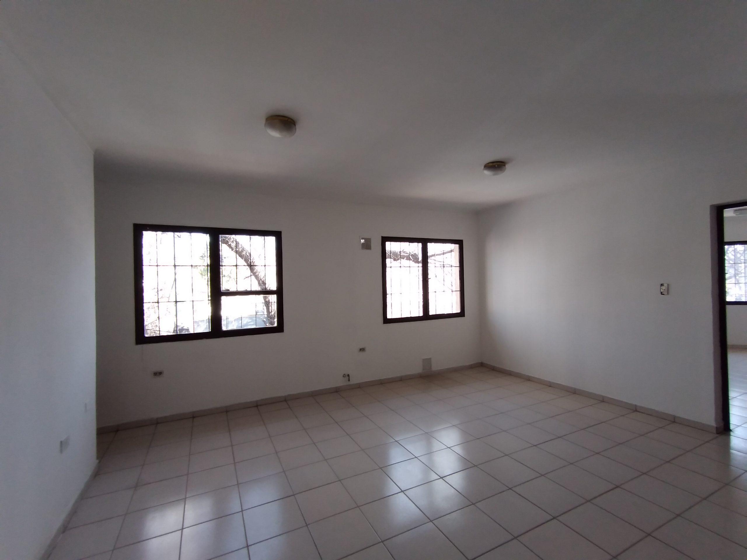 Departamento Av. San Martín y Castellanos, Las Heras – 2 Habitaciones.-