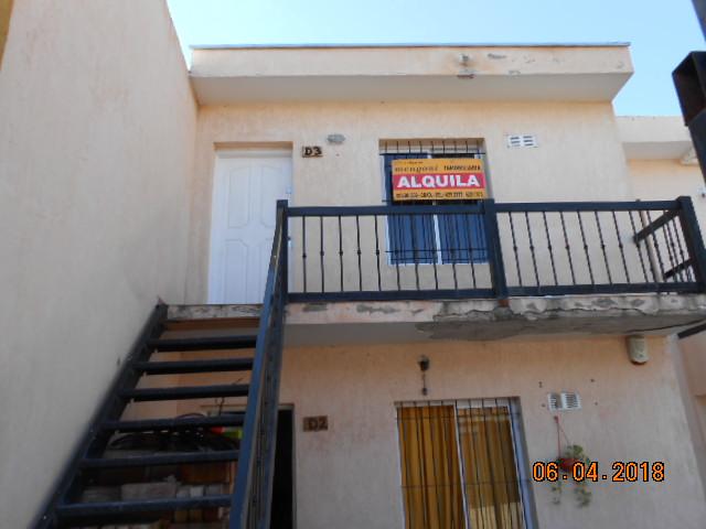 Departamento Río negro y Oruro, Gllén – 2 Habitaciones – Espacio vehicular.-